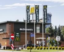 Maszty Flagowe McDonalds - Pabianice.jpg