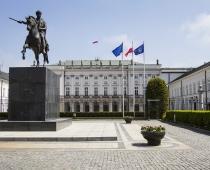 Maszty Flagowe Pałac Prezydencki - Warszawa.jpg