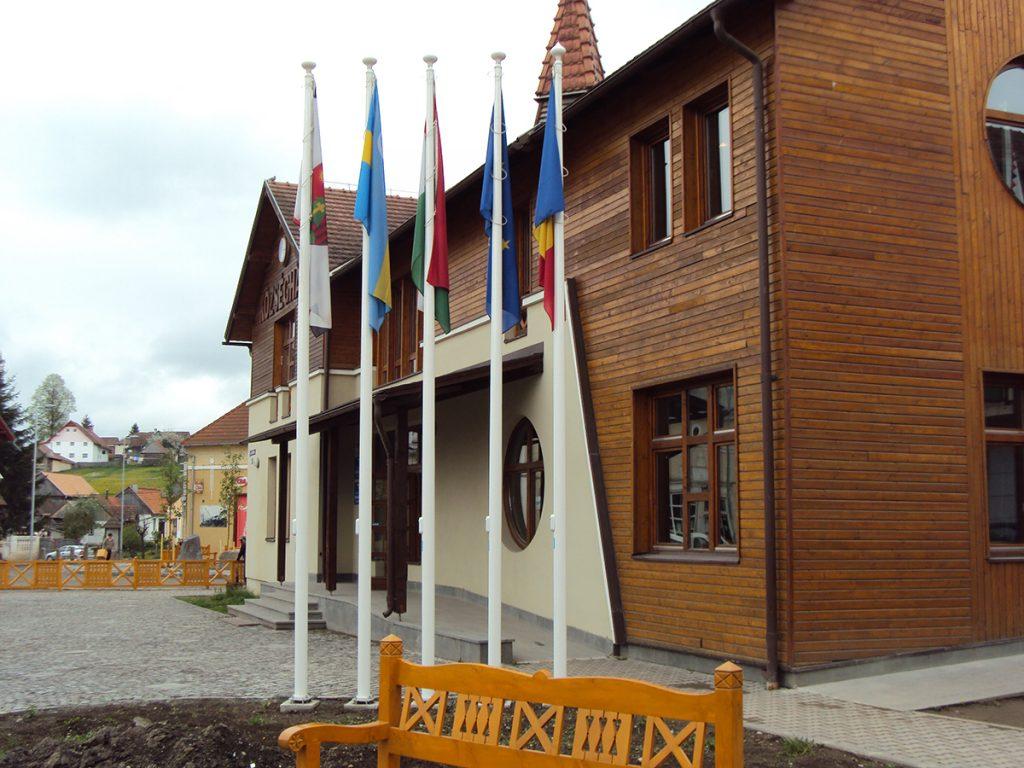 Maszty i flagi państwowe – Rumunia