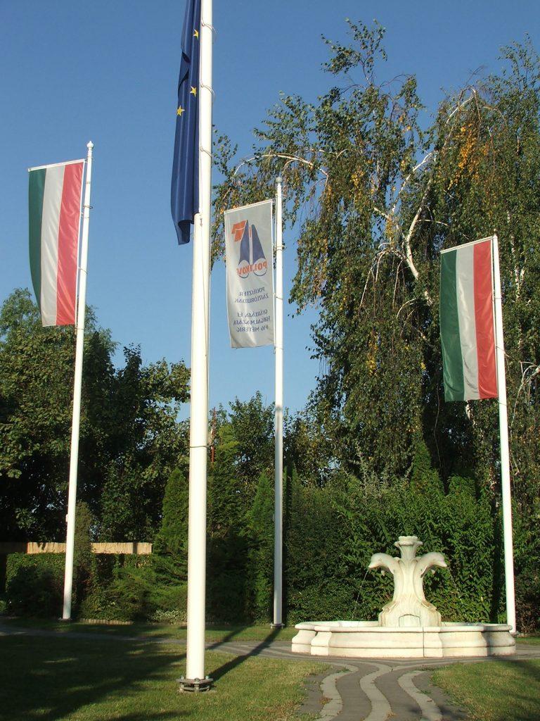 Maszty flagowe i flagi państwowe - Węgry