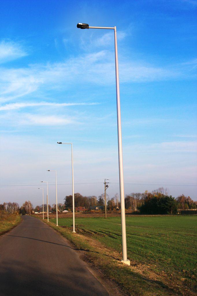 Kompozytowe słupy uliczne, oświetlenie drogi - Mykanów, Polska